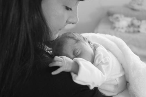 2018-02-18 - Kensington's Newborn Photos [015]
