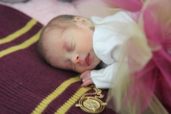 2018-02-18 - Kensington's Newborn Photos [030]